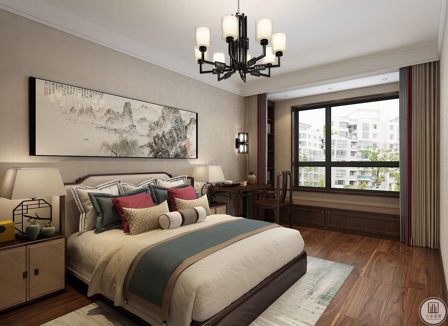 卧室装修效果图:靠窗一侧做书柜书桌,搭配中式风格壁灯。