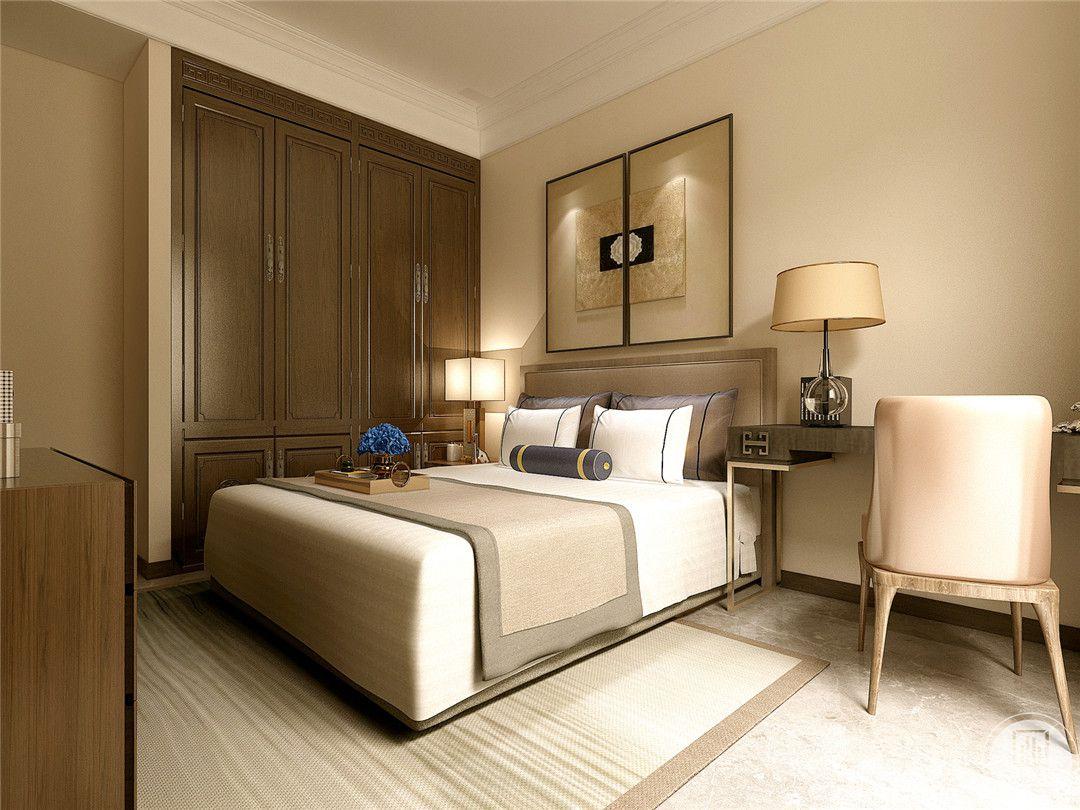 主卧室采用淡黄色装饰,床头背景墙的挂画类似中式风格窗户,地板采用木纹砖。
