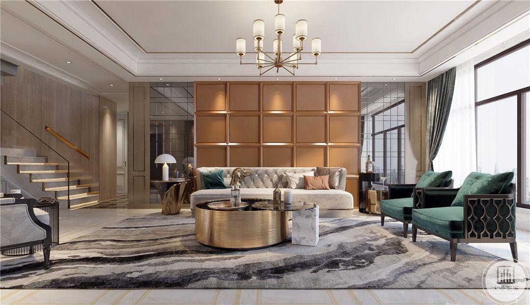 一层客厅沙发墙采用橙色网格装饰,两侧采用镜面装饰增强空间感和室内采光,沙发采用布艺沙发白绿色搭配,茶几使用金属材料制作。
