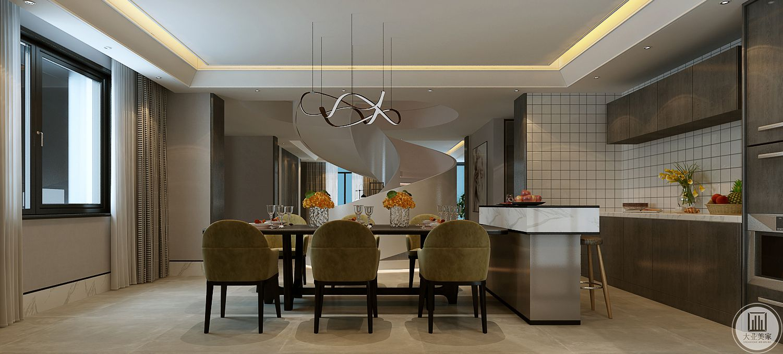 餐厅采用金属框架,餐椅采用浅绿色装饰,厨房采用开放式厨房。