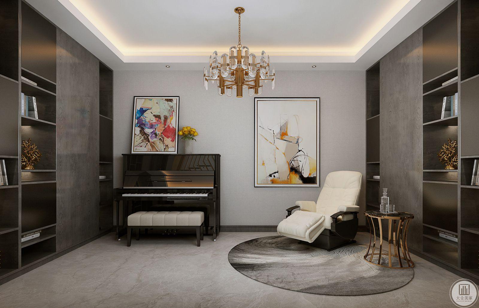 书房墙面采用壁布装饰,两侧是黑檀木收纳柜,地面采用浅灰色木纹砖,搭配深色地毯,黑色钢琴与白色躺椅展示了屋主的优雅和闲适。