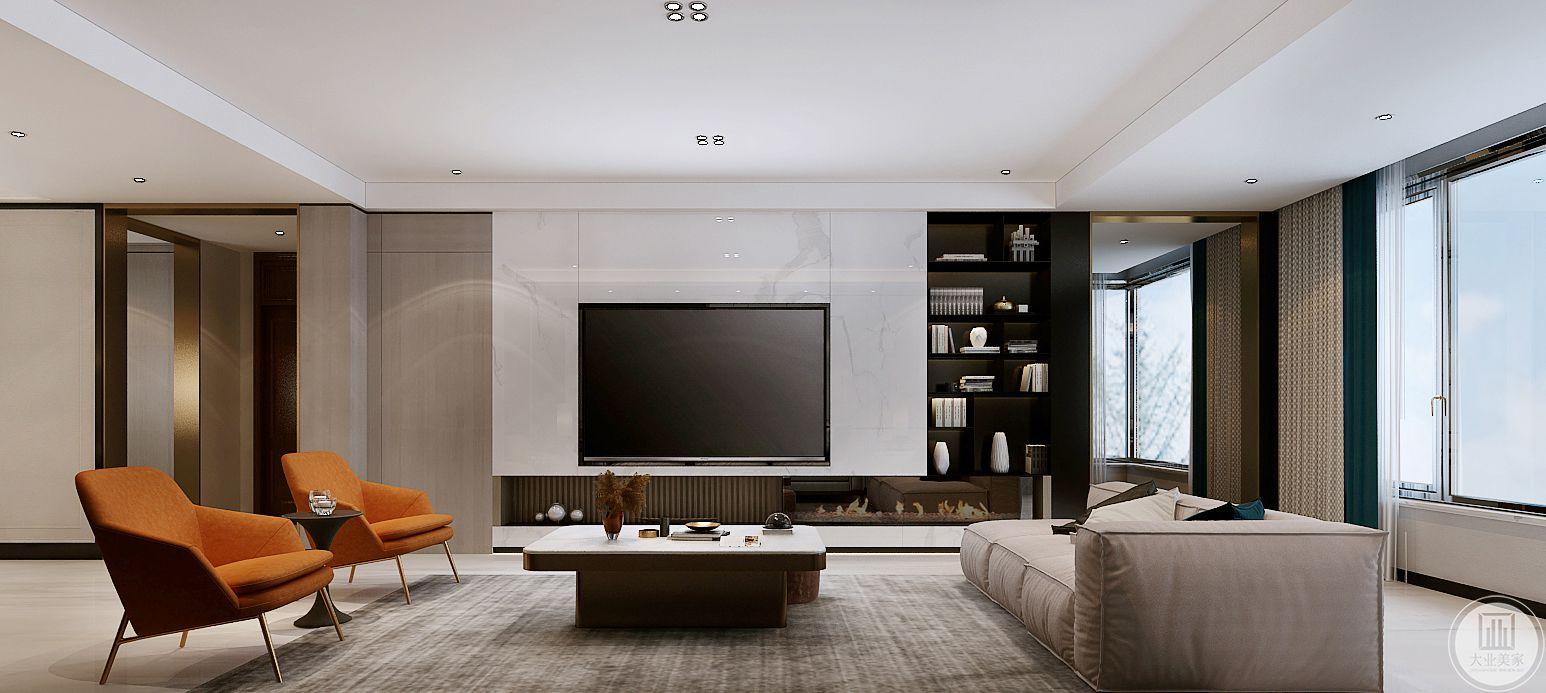 电视嵌入影视墙中,影视墙采用白色瓷砖,一侧的就是黑色实木书柜,电视机下方采用壁龛式设计增强收纳。