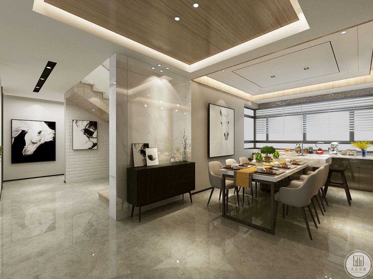 餐桌一侧做吧台收纳,做大理石台面,一侧墙面延伸成隔断。