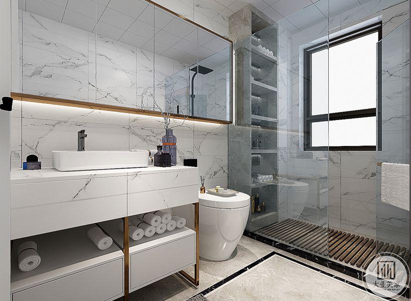 卫生间采用干湿分离的设计,墙面地面都采用白色大理石。