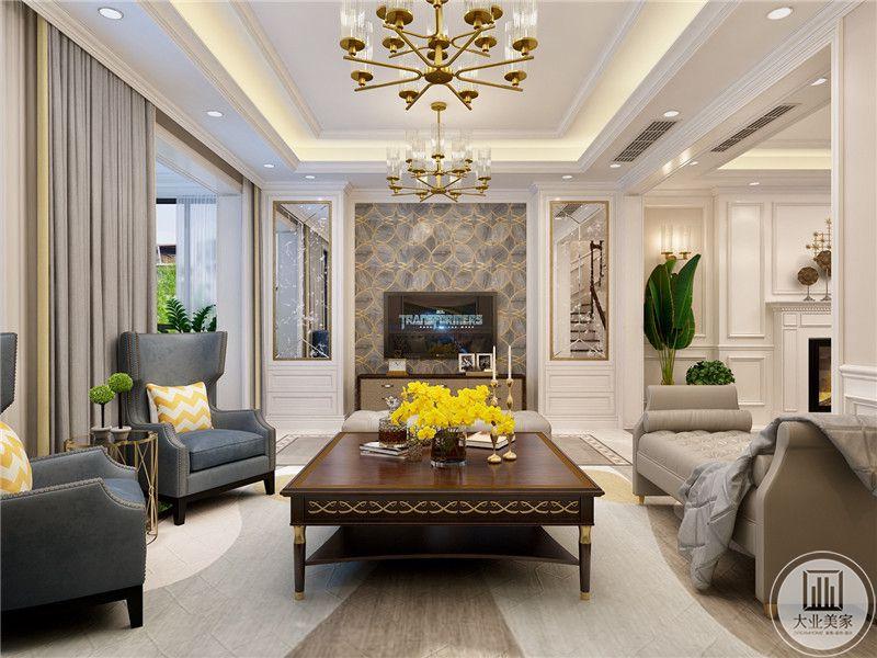 客厅影视墙采用灰色大理石,搭配金属线条装饰,两侧采用镜面装饰,增大了空间感的同时也增强室内光源。