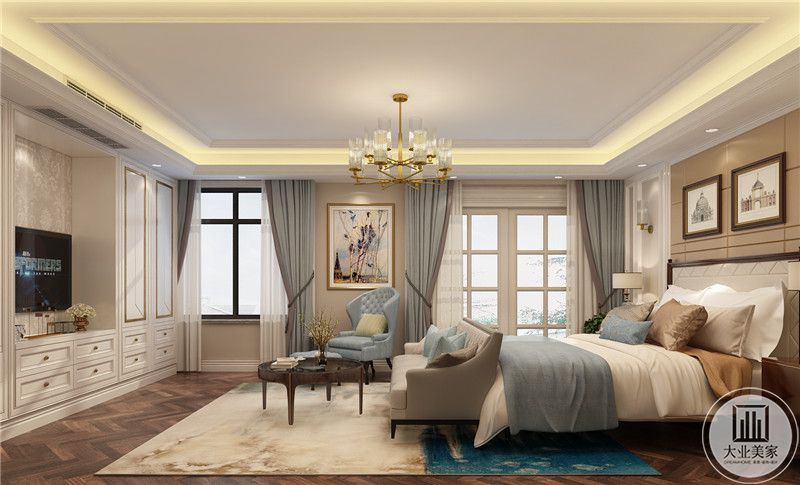从这个方向可以看到主卧室的整体布局装饰。