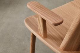 原木色泽风格的家具
