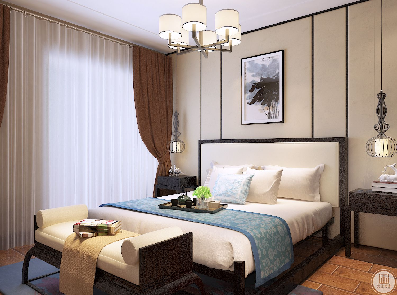 主卧对衣帽间结构进行了调整,尽可能利用最大化,卧室空间不做衣柜,摆放五斗柜。
