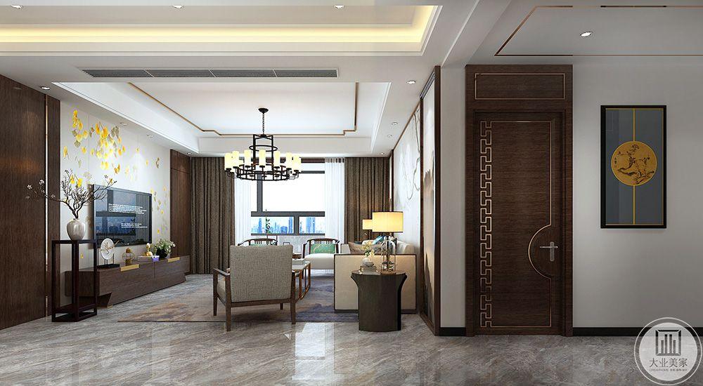 客厅4吊顶金属线条空间呼应,区分