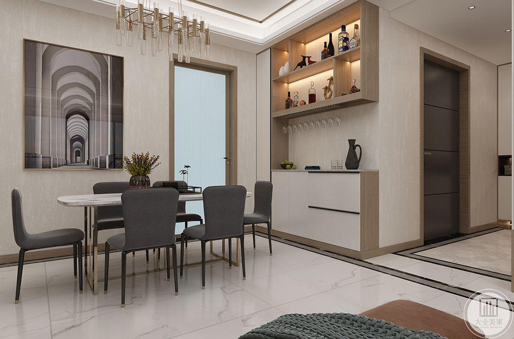 餐厅设计一组上下分区的酒柜,可以放一下自己喜欢的酒水,中间留空的操作台可以当作西餐台来使用。